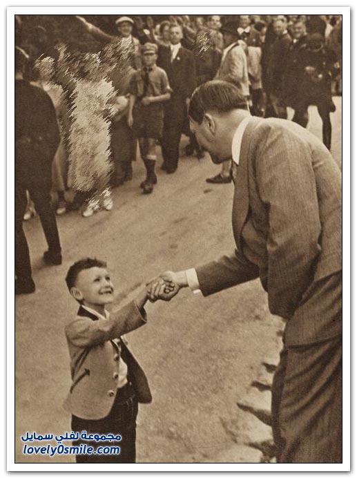 صور نادرة لهتلر مع الأطفال