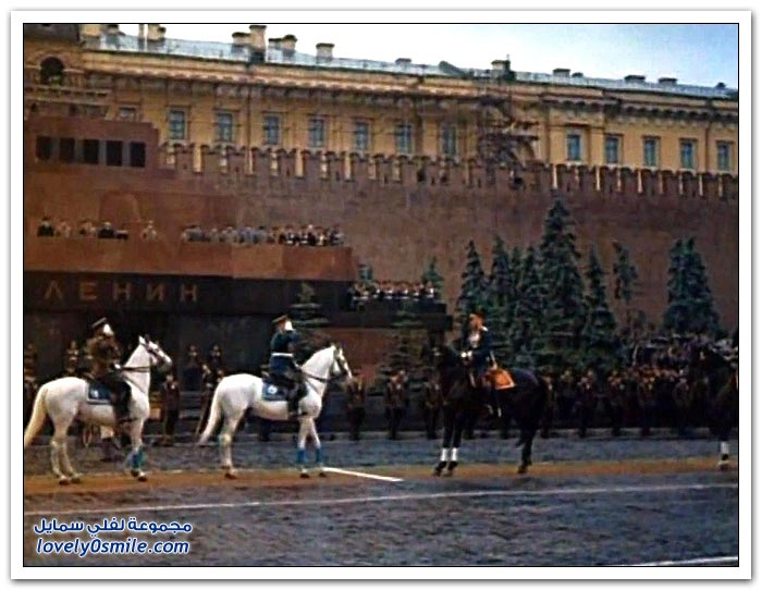 صور ملونة لموكب النصر السوفيتي في عام 1945