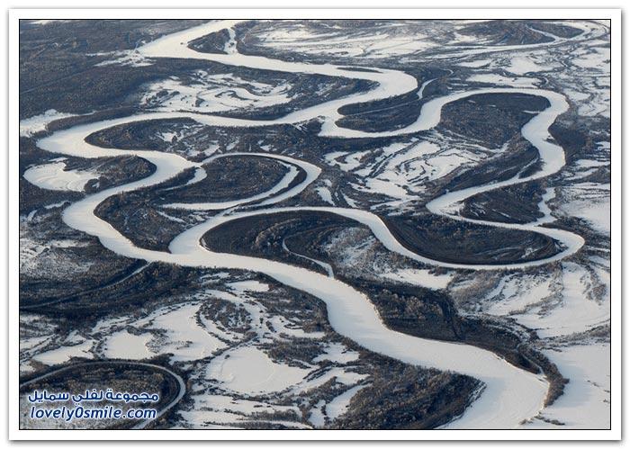 الحمم والثلج من شبه جزيرة كامتشاتكا الروسية