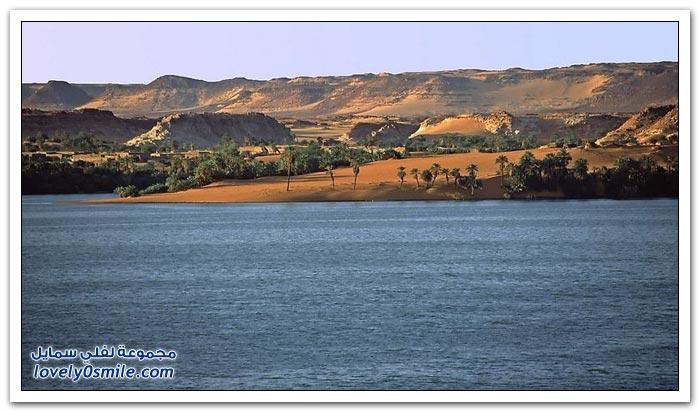 بحيرات أونيانجا في الصحراء الكبرى