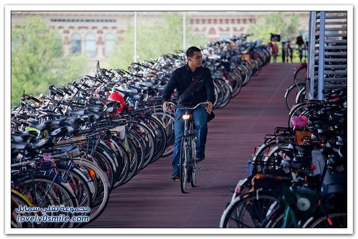 أمستردام مدينة الدراجات الهوائية في أوروبا