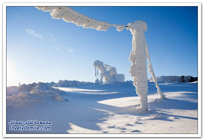 محطة تنقيب واستخراج المعادن في روسيا أثناء فصل الشتاء