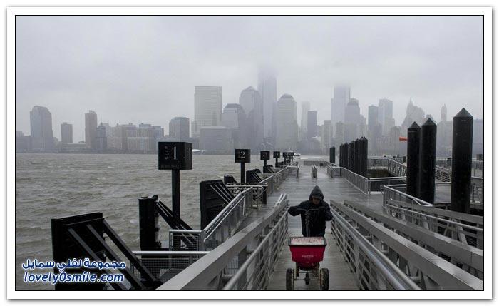 عاصفة تشل نيويورك