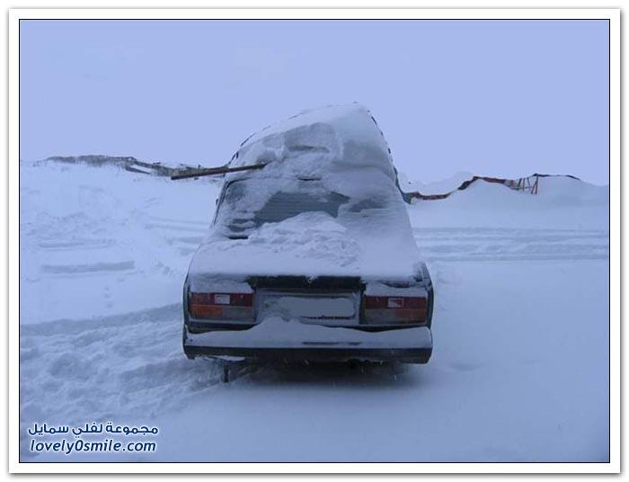تساقط الثلوج بكثافة على جزيرة سخالين الروسية