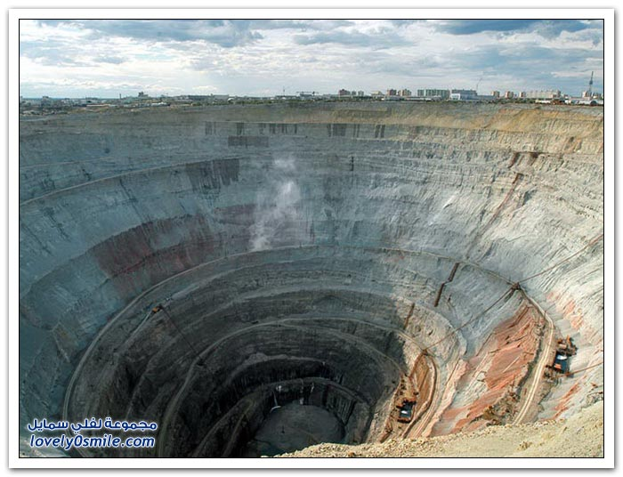 منجم الماس المهجور (مير) في روسيا