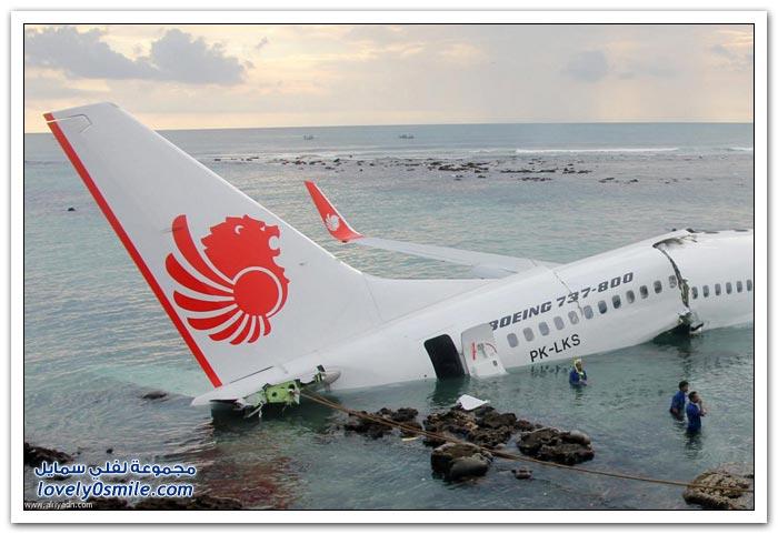 صور وفيديو: هبوط طائرة على شاطئ جزيرة بالي