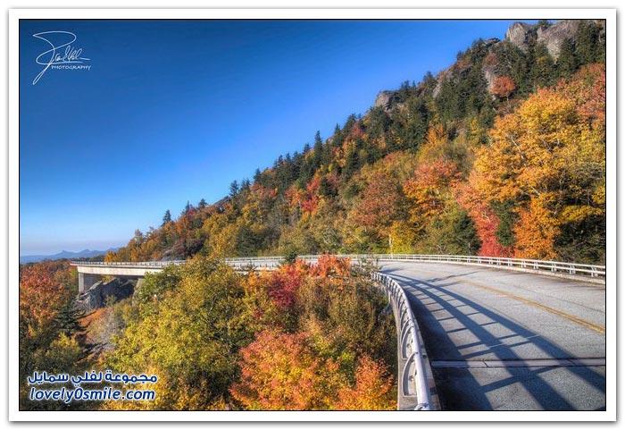 جسر Linn Cove صديق البيئة في ولاية كارولينا الشمالية