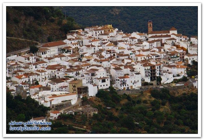 المدن البيضاء في الأندلس