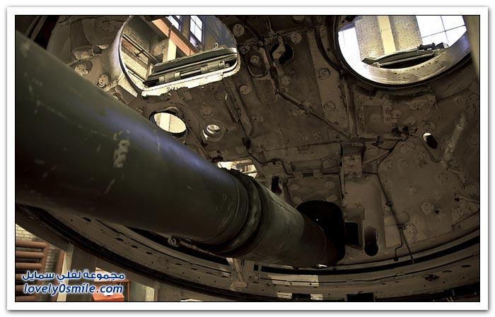 أحد مراكز إصلاح الدبابات في روسيا