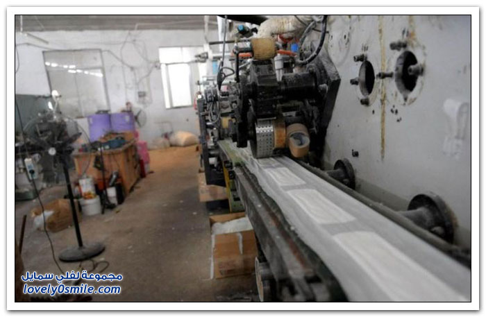 مصنع صيني للفوط الصحية النسائية