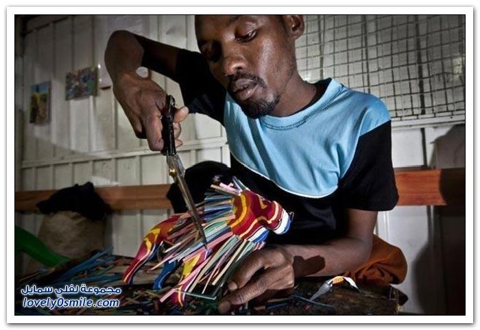 الاستفادة من الأحذية القديمة في أفريقيا