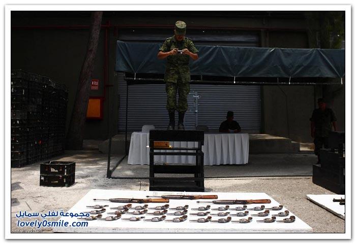 تدمير الأسلحة في المكسيك