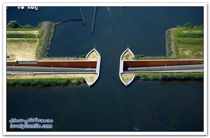 قناة Veluwemeer في هولندا