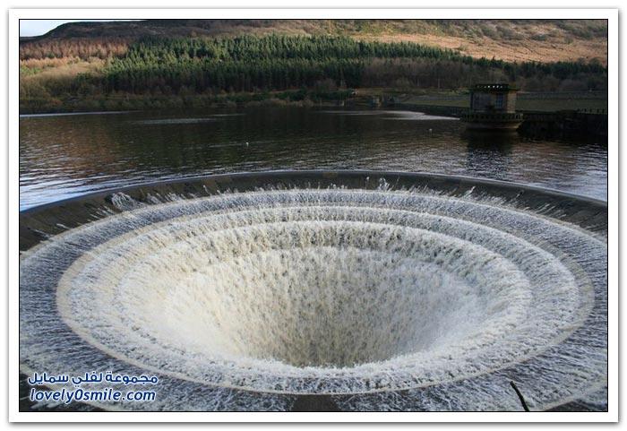 خزان المياه العجيب (سيدة الكوخ) في انجلترا