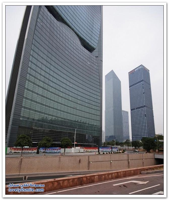 برج نهر اللؤلؤ في مدينة قوانغتشو في الصين
