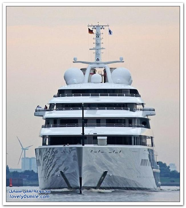 يخت عزام الأطول في العالم بتكلفة 2 مليار ريال