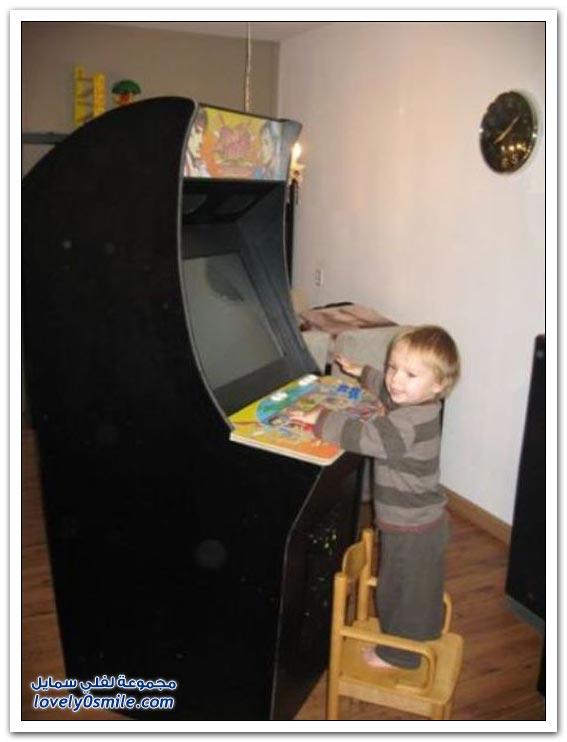 صناعة لعبة في المنزل