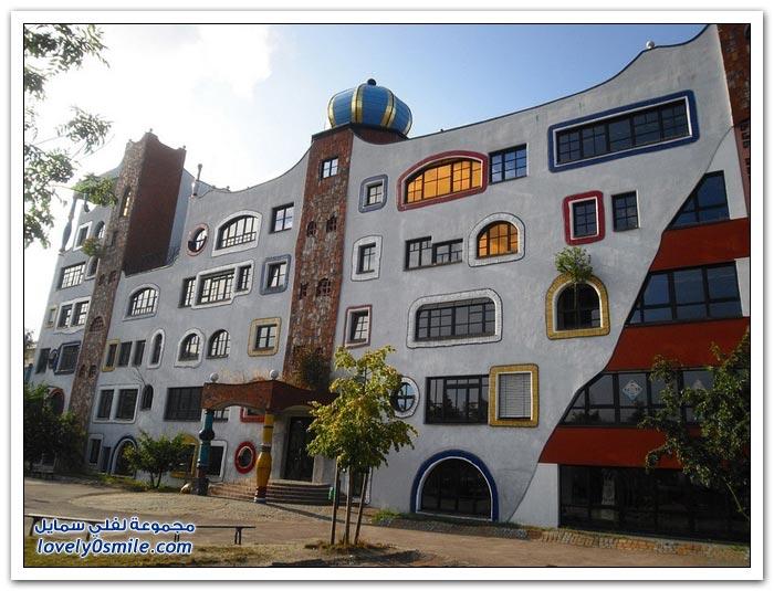 المجمع السكني للمهندس المعماري فريدنسرايش هوندرتفاسر في النمسا