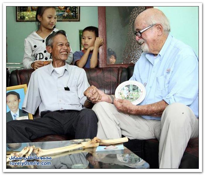 فيتنامي يستعيد ذراعه المبتورة بعد 47 عاماً