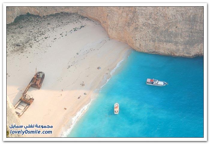 حطام السفينة من أجمل الشواطئ على كوكب الأرض