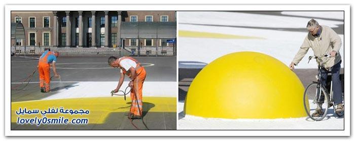 فنان هولندي يرسم البيض في ساحات أمستردام