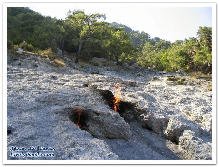 الصخور المشتعلة في كايميرا بتركيا