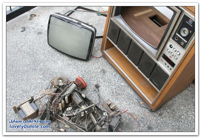 صناعة حوض سمك داخل تلفزيون قديم