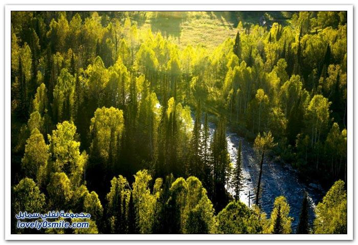 الخريف في جبال كازاخستان