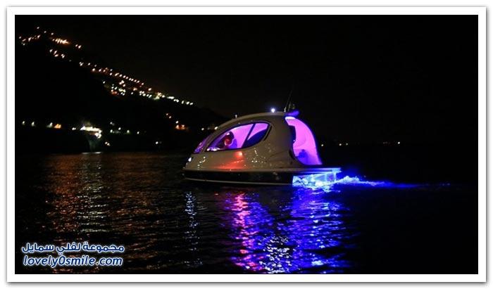 قارب رائع بشكل مختلف