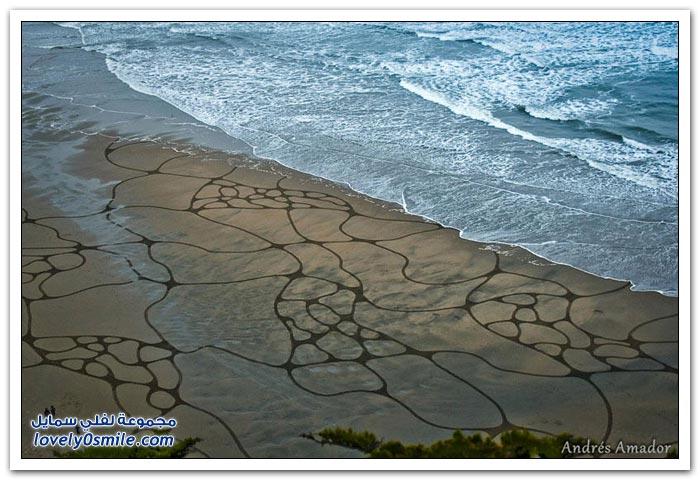 الرسم على الشاطئ