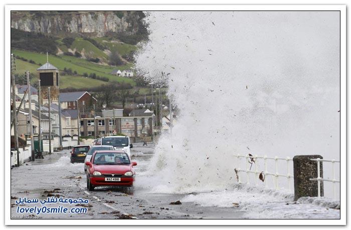 أمواج هائلة على سواحل جنوب انجلترا