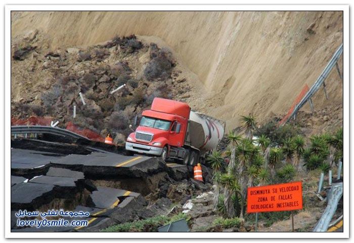 زلازل وأمطار يتسببان في انهيار مروع لطريق مكسيكي سريع