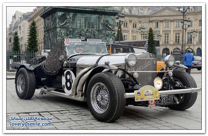 عبور باريس بالسيارات الكلاسيكية