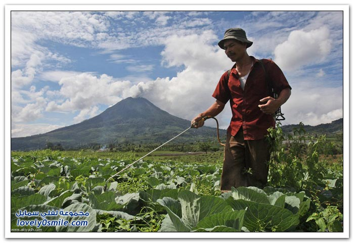 ثوران بركان سومطرة