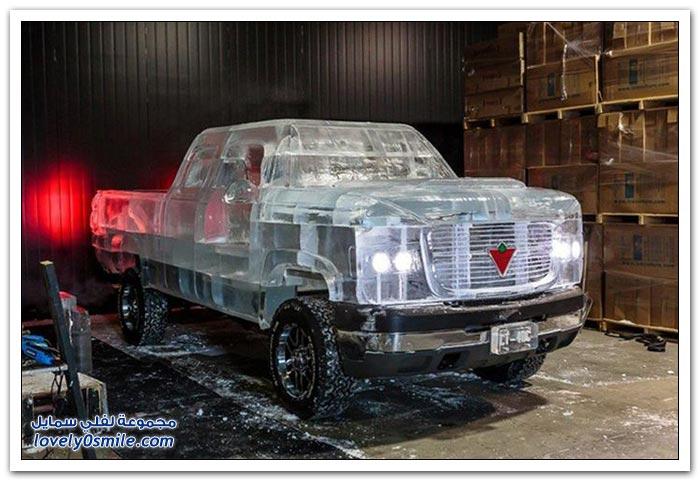شاحنة مصنوع من الجليد
