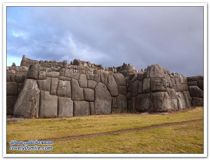 جدران ساكسايهيومان في البيرو