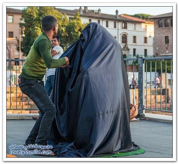 سر رجلان في شوارع روما