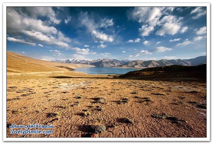 بحيرة كاراكول في طاجيكستان