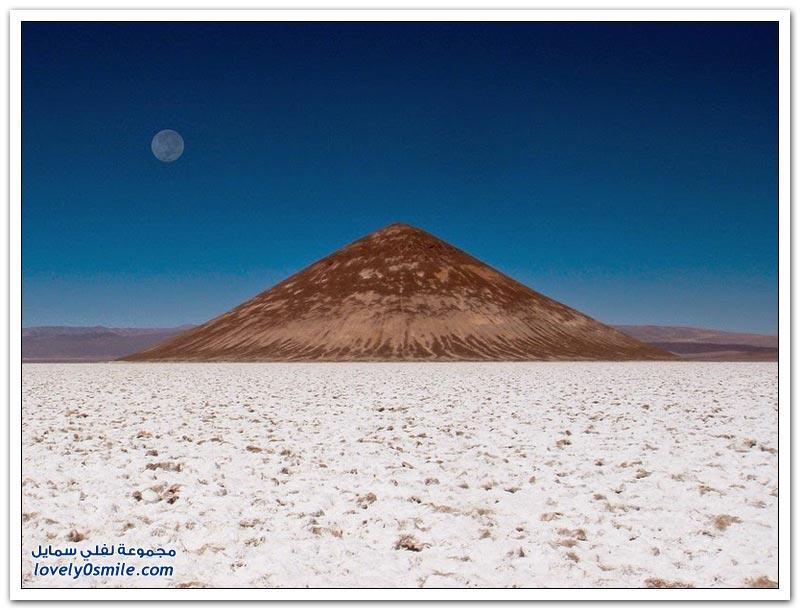 سادس أكبر مسطح ملحي في العالم ويعتبر الثاني في الأرجنتين