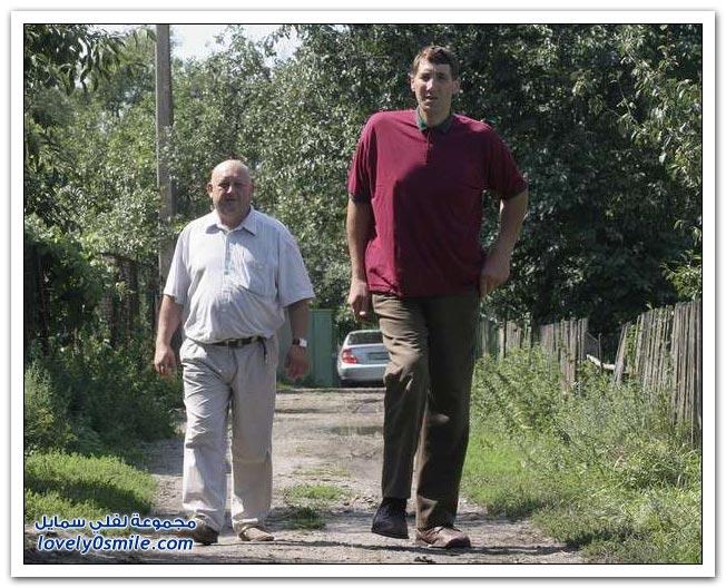 وفاة عملاق أوكراني عن عمر يناهز 44 عاماً