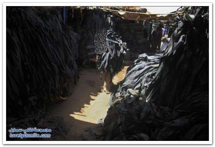 استخدام الإطارات القديمة كأحذية في كينيا