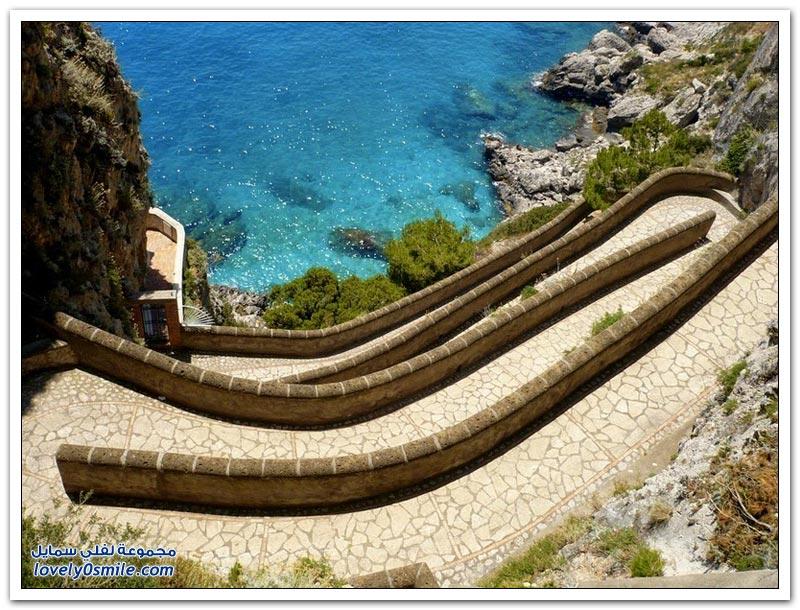 أجمل ممشى في جزيرة كابري الإيطالية