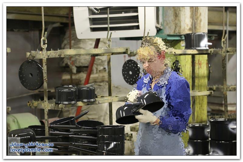 مصنع للأواني المنزلية في روسيا