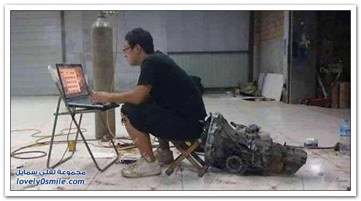 صناعة سيارة لامبورغيني في ورشة محلية