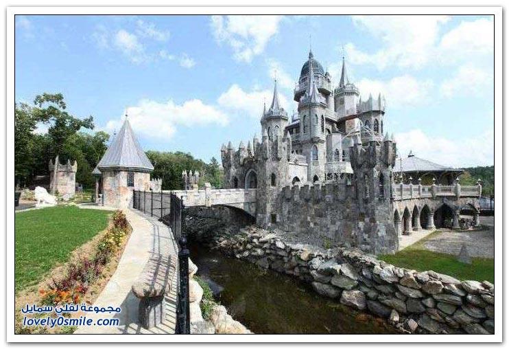 مليونير يبيع قلعة بسبب انفصاله عن حبيبته