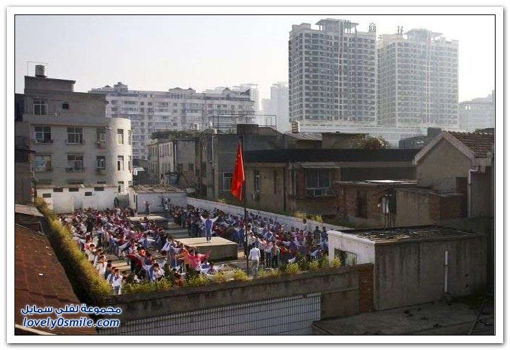 ملاعب المدارس على أسقف البنايات في الصين