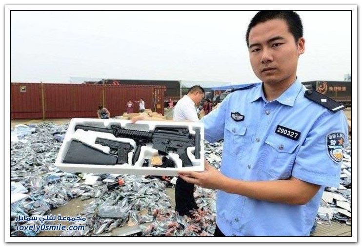 تدمير 70 ألف من المسدسات والرشاشات البلاستيكية في الصين