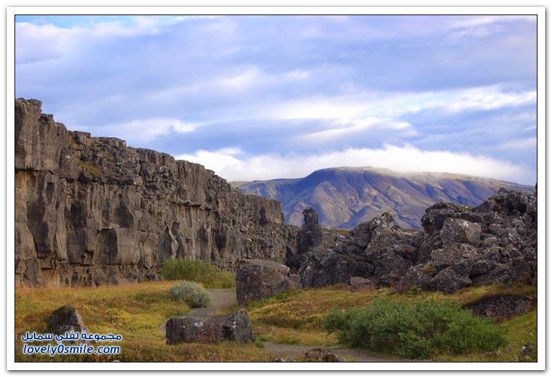 أطول سلسلة جبلية في العالم