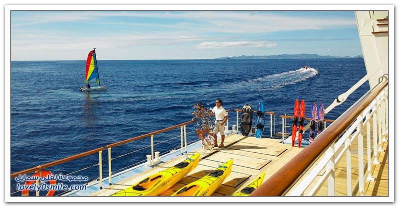 رحلة على متن سفينة سياحية