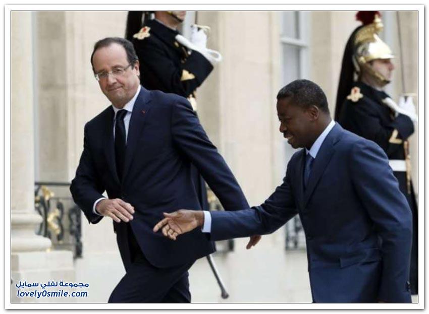 صورة للرئيس الفرنسي وحظه السيء في مصافحة الرؤساء